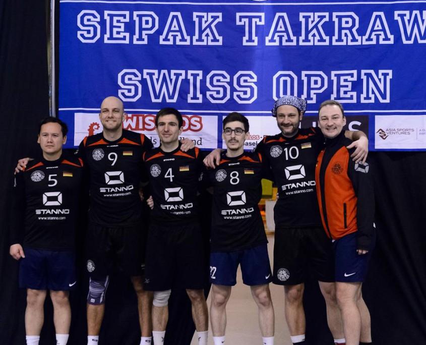Das DSTV-Team gewinnt das erste ISTAF Super Series Qualifikationsturnier.